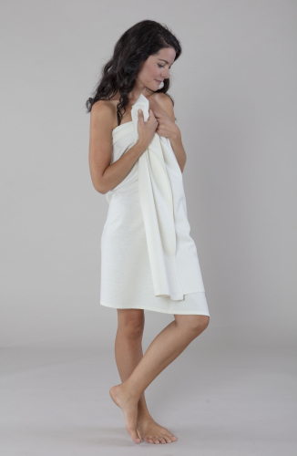 Travel towel large in 100% rawsilk in the group Travel products / Travel towel at Sleep in Silk (162r)