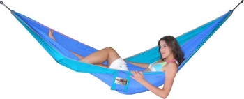 Travel hammock in the group Travel products / parachutesilk at Sleep in Silk (215blagronr)