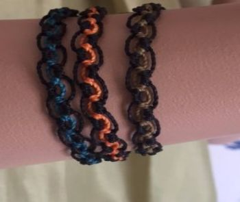 Armband svart/orange i gruppen Accessoarer hos Sleep in Silk (armorange)