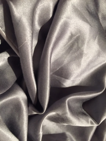 Bedset grey in the group Beddings / Silk sheets at Sleep in Silk (sidenlakangra)